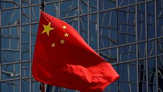 China prevé prohibir salidas a bolsa de tecnológicas en EEUU por riesgos informáticos -fuente