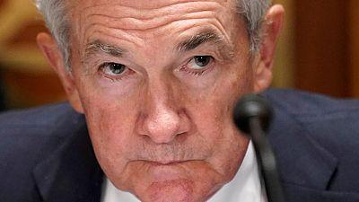 Powell de la Fed sopesa riesgos de variante Delta, no da señales de inicio reducción compra activos