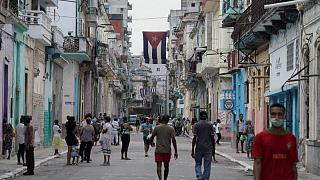 De frutos secos a reparación de bicicletas, emprendedores cubanos se preparan para la apertura
