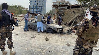 Estado Islámico se atribuye responsabilidad por ataque con cohete a aeropuerto Kabul