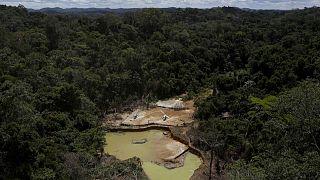 Casi el 30% de las exportaciones de oro de Brasil son ilegales, según un informe