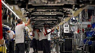 La actividad de las fábricas españolas se acelera en agosto pero la confianza cae -PMI