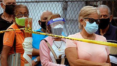 Poco más de 10% de población de Venezuela ha recibido vacunación completa del COVID-19: encuesta