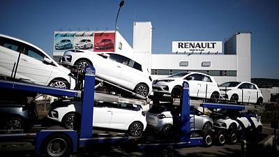 Renault Zoe electric car production at Flins plant halted till Tuesday-CGT union