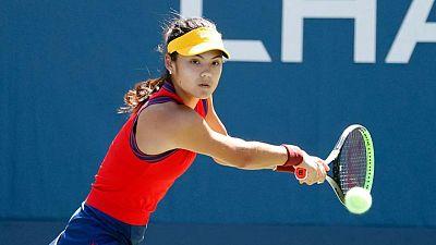 Tennis-Relentless Raducanu races into U.S. Open last 16