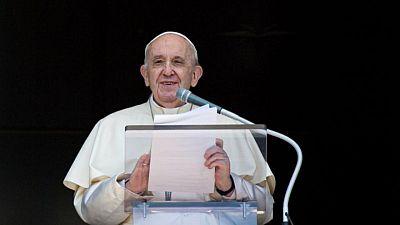 El Papa espera que muchos países acojan a refugiados afganos y que los jóvenes reciban educación
