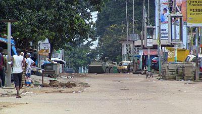 Líder golpista de Guinea prohíbe viajes al exterior de funcionarios gubernamentales