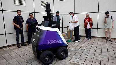 Singapore trials patrol robots to deter bad social behaviour