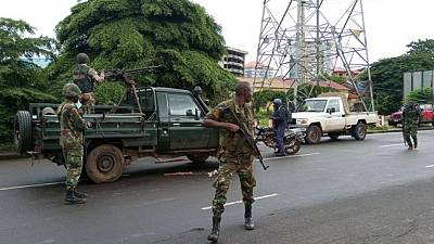 Guinea coup leader bars travel for government officials