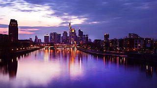 La confianza de los inversores alemanes cae ante problemas de suministros - ZEW