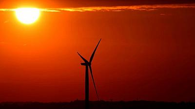 EU Commission plans first recovery green bond in October