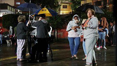 Fuerte sismo sacude centro y suroeste de México, reportan un fallecido