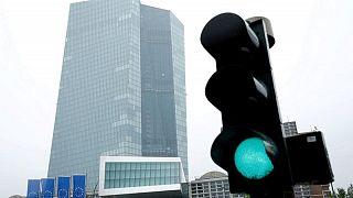El BCE eleva sus previsiones de crecimiento e inflación