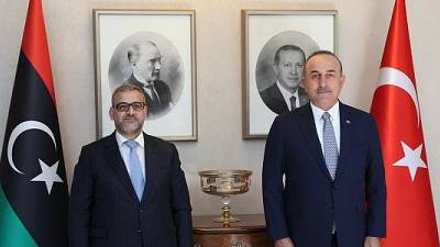 Réunion du ministre des Affaires étrangères Mevlüt Çavusoglu avec le président du Haut Conseil d'État de Libye Khaled al-Mishri, 9 septembre 2021