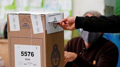 Oposición argentina logra mayoría de votos en primarias legislativas argentinas