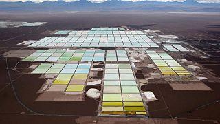 Organización indígena de Chile pide a reguladores suspender permisos a minera de litio SQM