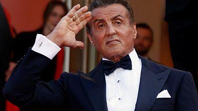 Salen a subasta recuerdos de películas de Sylvester Stallone