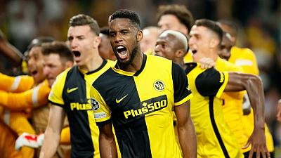 Soccer-Siebatcheu earns Young Boys late win over 10-man Man United