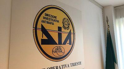 Operazione Dia Trieste per estorsione nei confronti di ambulanti