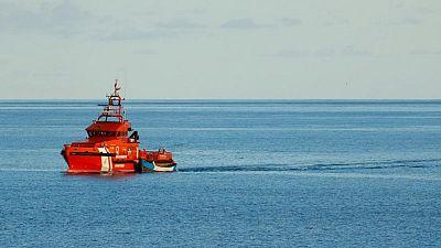 España rescata a seis embarcaciones frente a Canarias, mientras aumenta la migración marítima