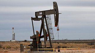 النفط يقفز لأعلى مستوى في سنوات بفضل أزمة الطاقة العالمية