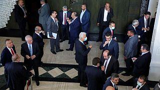 انقطاع الكهرباء قبل جلسة برلمانية للاقتراع على حكومة لبنان