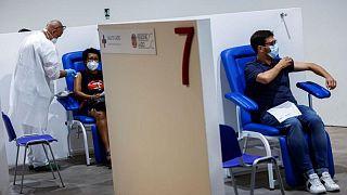 إيطاليا تسجل 44 وفاة جديدة و2407 إصابات بفيروس كورونا