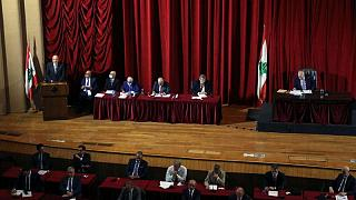 رئيس الوزراء اللبناني: المحادثات مع صندوق النقد ضرورة وليست خيارا