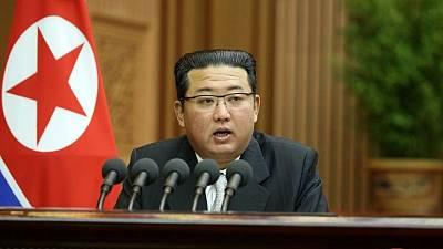 الكوريتان تستأنفان الخطوط الساخنة وبيونجيانج تحث سول على إصلاح العلاقات سول