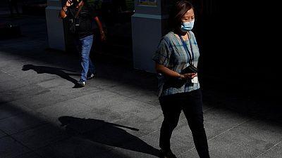 الإحباط يصيب سكان سنغافورة بعد فرض قيود جديدة لمكافحة كوفيد-19