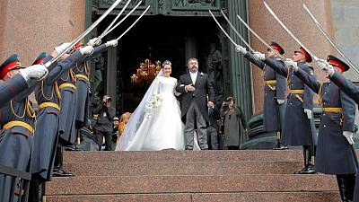 روسيا تشهد زواج أحد أحفاد القياصرة في أول زفاف ملكي منذ الثورة