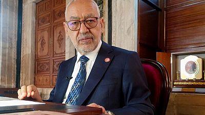الغنوشي يتحدى الرئيس التونسي ويقول البرلمان في حالة انعقاد دائم