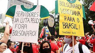 متظاهرون في عديد الولايات البرازيلية يطالبون بعزل الرئيس بولسونارو