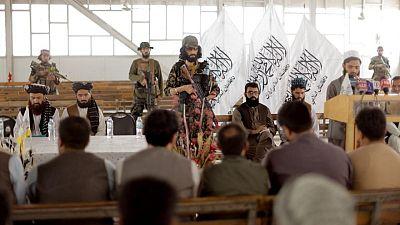 أفغانستان تعاود إصدار جوازات السفر بعد تأجيلات استمرت شهورا