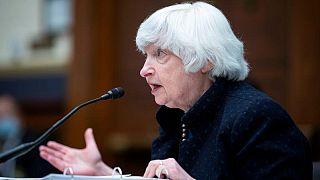 """وزيرة الخزانة الأمريكية """"الأمر بيد الرئيس"""" لاختيار مرشح لرئاسة البنك المركزي"""