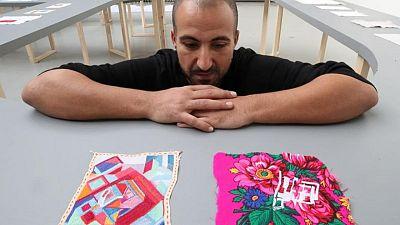 غُرز التطريز تمثل ندوبا في معرض فني لأحد الناجين من انفجار بيروت