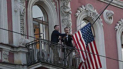 أعضاء بمجلس الشيوخ الأمريكي يطالبون بطرد 300 دبلوماسي روسي