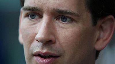 مدعون يحققون مع مستشار النمسا للاشتباه في ضلوعه في قضايا فساد