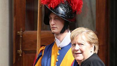 ميركل تلتقي البابا فرنسيس خلال زيارة وداع لإيطاليا