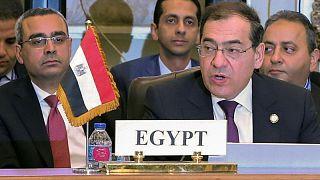 وزارة البترول المصرية: مد خط غاز بالصحراء الغربية بإنتاج متوقع 15 مليون قدم مكعبة