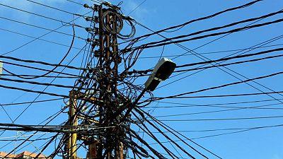 مسؤول لبناني لرويترز: لبنان في ظلام تام بعد توقف أكبر محطتي كهرباء بسبب الوقود