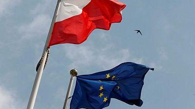 وزارة الخارجية: بولندا ستواصل احترام قانون الاتحاد الأوروبي