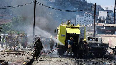 وزير: مقتل 6 على الأقل في انفجار سيارة ملغومة استهدف مسؤولين في عدن اليمنية