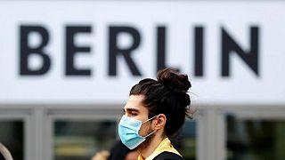 حقائق- إصابات كورونا العالمية تتجاوز 239.63 مليون والوفيات 5 ملايين و85820