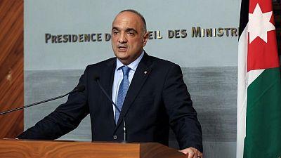 رئيس وزراء الأردن يجري تعديلا وزاريا يستهدف تحفيز الاستثمارات