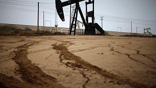 النفط يقترب من ذروة 3 سنوات وسط مخاوف من أزمة الطاقة