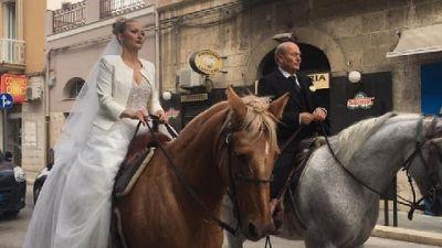 Marito ha preso lezioni equitazione per esaudire suo desiderio