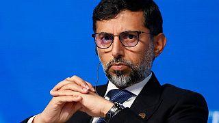 وزير الطاقة الإماراتي: قطاع النفط بحاجة لاستثمارات لتفادي تقلب مثل سوق الغاز