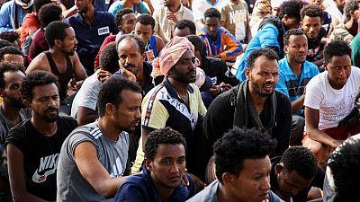 مهاجرون يواجهون ظروفا قاسية في مركز احتجاز ليبي بعد حملة