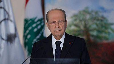الرئيس اللبناني يتعهد بمحاسبة المسؤولين عن العنف في بيروت